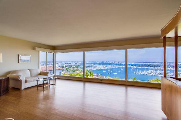 807 Armada Terrace, San Diego, CA 92106 Photo 4