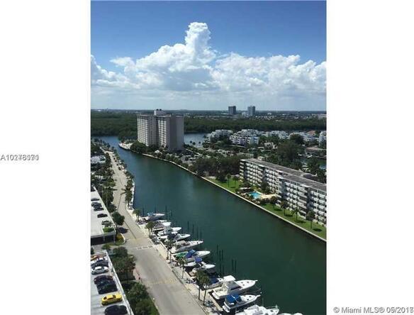 100 Bayview Dr., Sunny Isles Beach, FL 33160 Photo 2