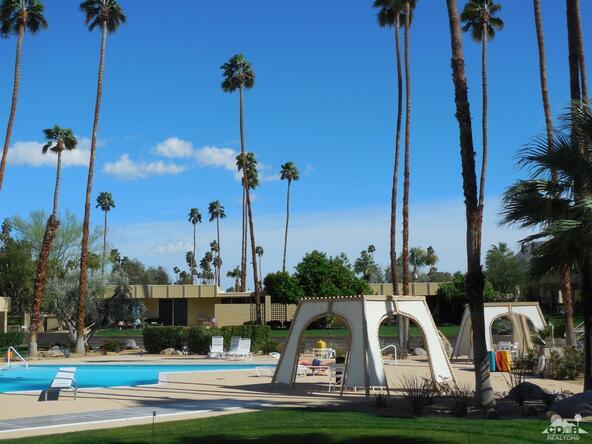 72485 El Paseo, Palm Desert, CA 92260 Photo 18