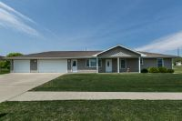 Home for sale: 1001 Park, Bellevue, IA 52031
