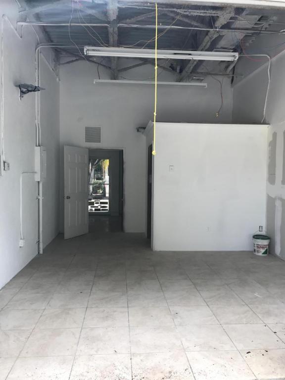 17304 Walker Avenue, Miami, FL 33157 Photo 6