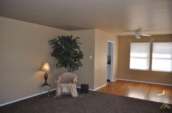 24 Cypress St., Bakersfield, CA 93304 Photo 2
