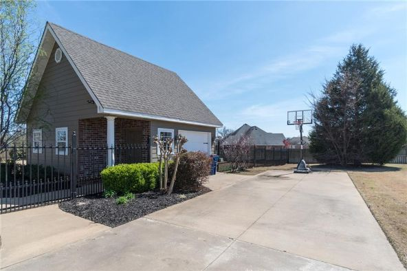 6900 Hunter Crossing Dr., Fort Smith, AR 72916 Photo 7
