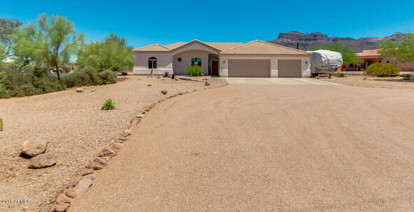 5934 E. 22nd Avenue, Apache Junction, AZ 85119 Photo 5