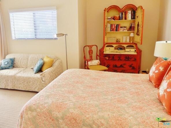 255 S. Avenida Caballeros, Palm Springs, CA 92262 Photo 12