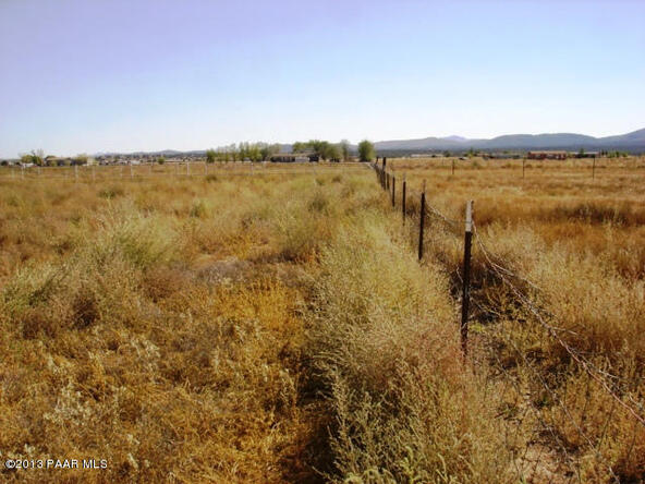 24900 N. Sun Hawk Rd., Paulden, AZ 86334 Photo 11
