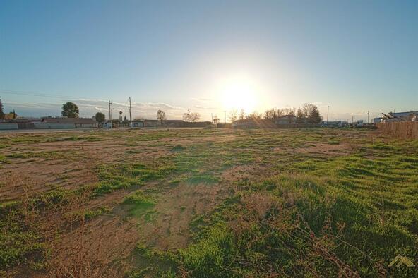 4 Petrol Rd., Bakersfield, CA 93308 Photo 29