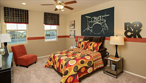 8011 S. 23rd Drive, Phoenix, AZ 85041 Photo 9