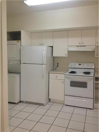 5085 N.W. 7th St. # 911, Miami, FL 33126 Photo 3