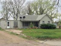 Home for sale: 421 W. 5th St., York, NE 68467