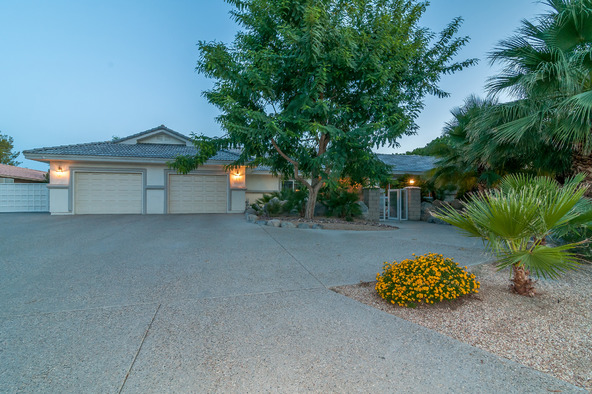 77545 Robin Rd., Palm Desert, CA 92211 Photo 3
