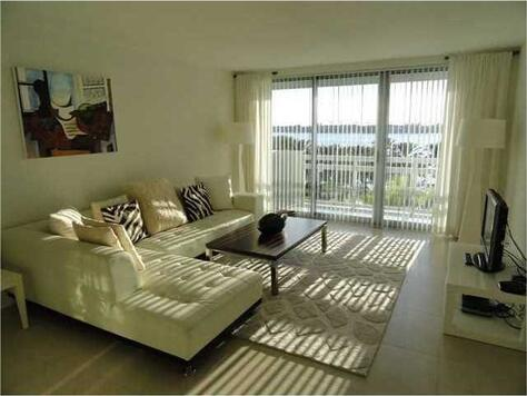 1500 Bay Rd. # 516s, Miami Beach, FL 33139 Photo 2