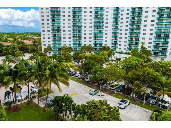 19390 Collins # 702, Sunny Isles Beach, FL 33160 Photo 10