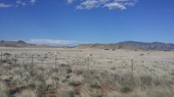 9850 E. Dawn To Milky Way, Prescott Valley, AZ 86315 Photo 4