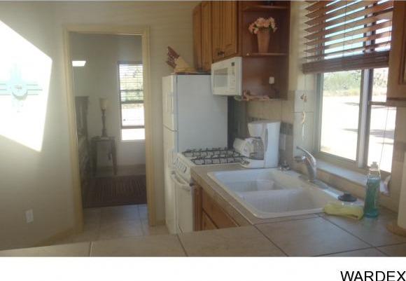7241 E. Shadow Ridge Dr., Yucca, AZ 86438 Photo 7