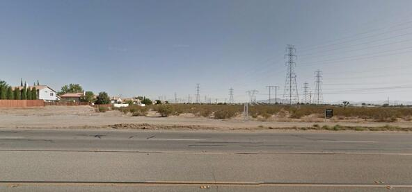 13120 Bear Valley Rd., Victorville, CA 92392 Photo 3