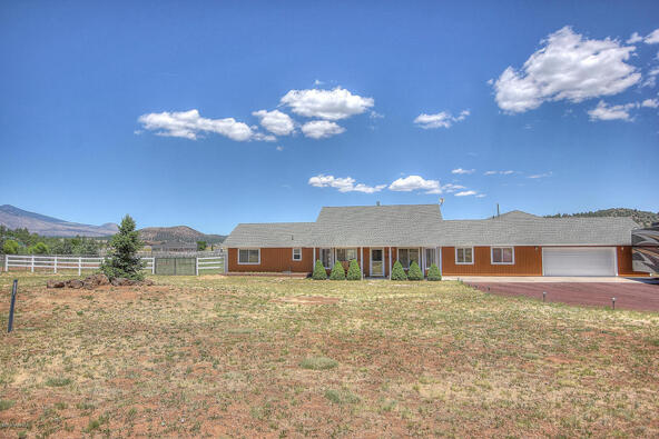 8095 E. Hollow Ridge Rd., Flagstaff, AZ 86004 Photo 29