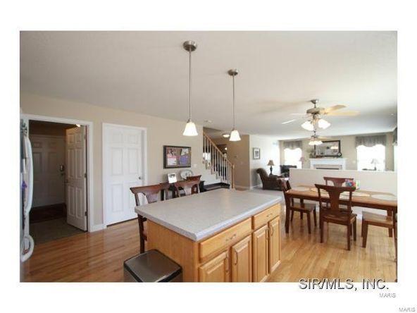 909 Allenbrook Avenue, O'Fallon, IL 62269 Photo 7