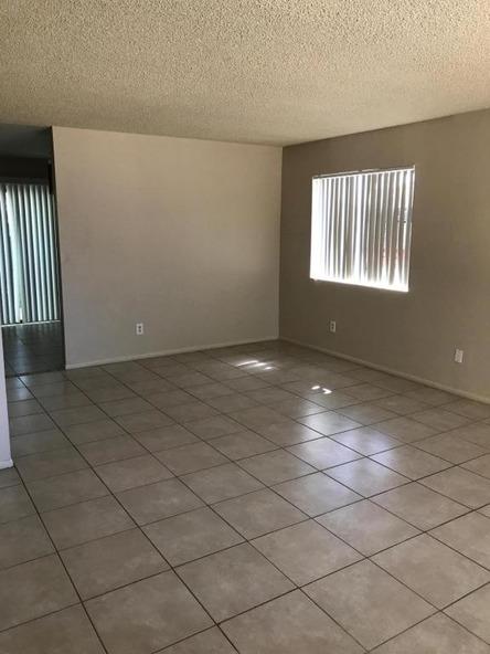 9017 N. 52nd Avenue, Glendale, AZ 85302 Photo 4