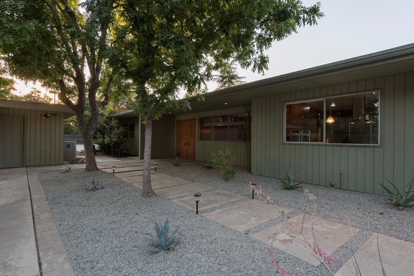 5331 North Sequoia Avenue, Fresno, CA 93711 Photo 6