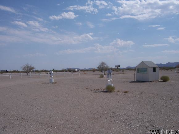 600 E. Kuehn St., Quartzsite, AZ 85346 Photo 8