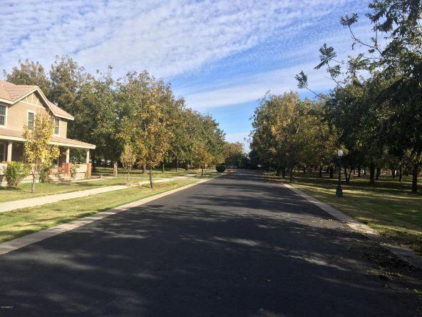 2825 W. Harvest Groves Ln., Phoenix, AZ 85041 Photo 1