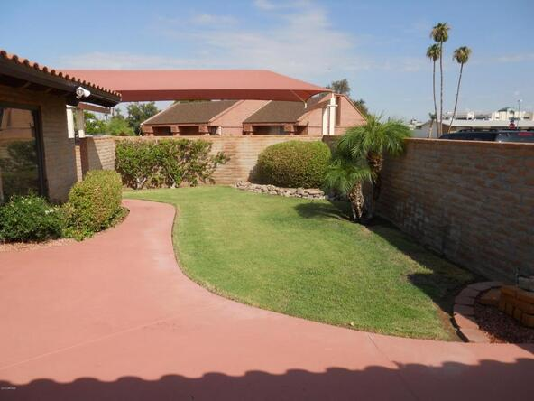 10421 W. Coggins Dr., Sun City, AZ 85351 Photo 17