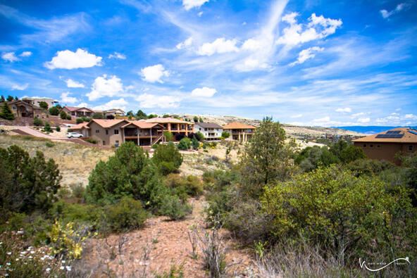1047 Sunrise, Prescott, AZ 86301 Photo 2