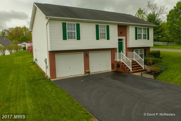 403 Artisan Way, Martinsburg, WV 25401 Photo 5