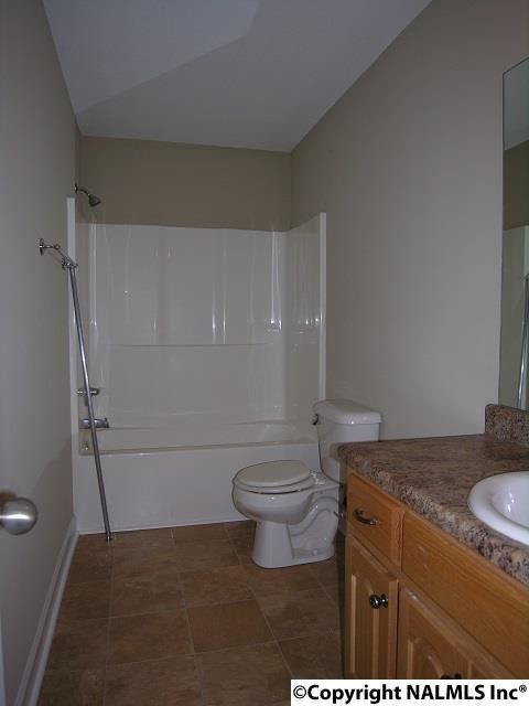 1725 East Hanceville Rd., Cullman, AL 35055 Photo 7