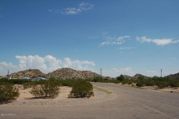 6 N. Conejo Rd., Maricopa, AZ 85139 Photo 6