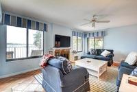 Home for sale: 5 Via Lago, Boynton Beach, FL 33435