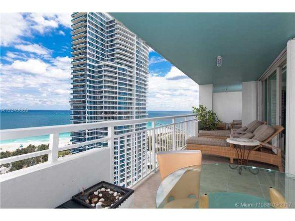 400 S. Pointe Dr. # Ph2402, Miami Beach, FL 33139 Photo 12
