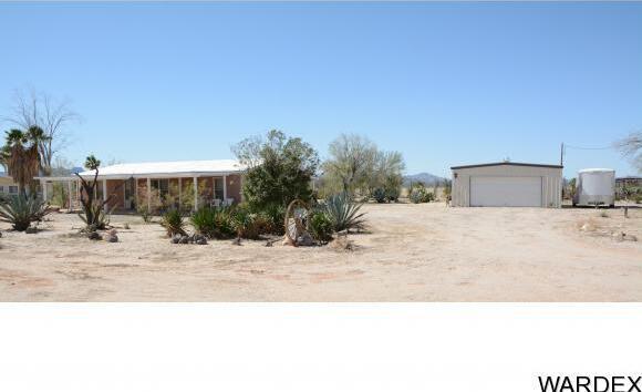 32374 S. Sleepy Hollow Ln., Bouse, AZ 85325 Photo 1