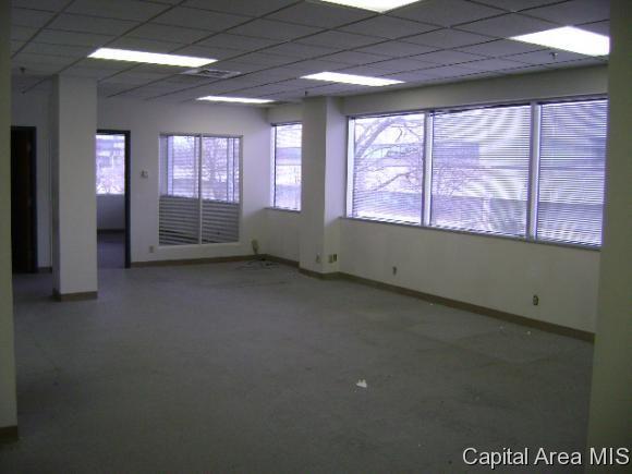 300 W. Jefferson St., Springfield, IL 62704 Photo 37