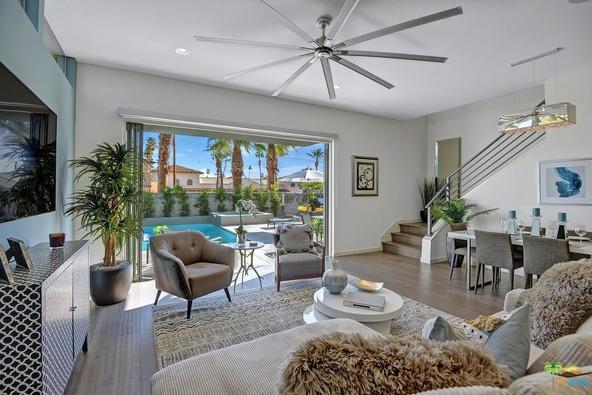1171 Iris Ln., Palm Springs, CA 92264 Photo 3
