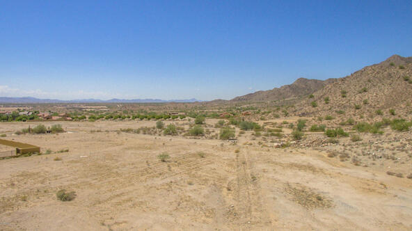 21059 W. Canyon Dr., Buckeye, AZ 85396 Photo 9