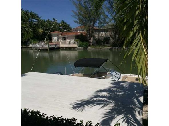 3921 North Meridian Ave., Miami Beach, FL 33140 Photo 3