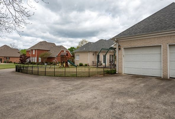 1608 Brentwood, Muscle Shoals, AL 35661 Photo 42