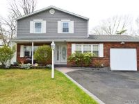 Home for sale: 26 Plaza Ln., Selden, NY 11784