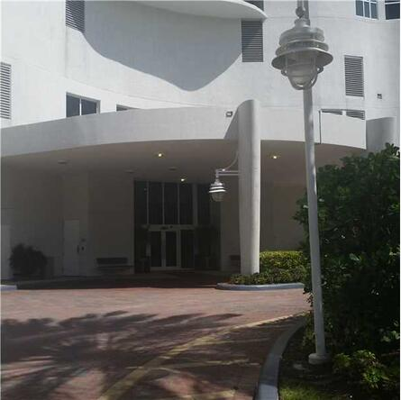 16001 Collins Ave., Sunny Isles Beach, FL 33160 Photo 3