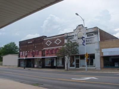 518 W. Main St., Clarksville, AR 72830 Photo 3