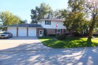 Home for sale: 807 3rd St., Durant, IA 52747