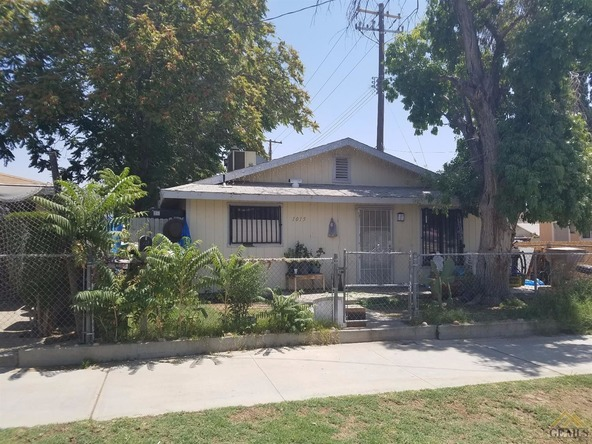 1015 King St., Bakersfield, CA 93305 Photo 2