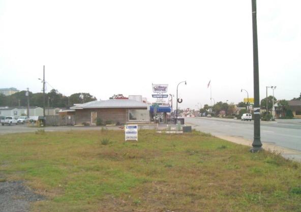 100 North Kings Hwy., Myrtle Beach, SC 29577 Photo 2