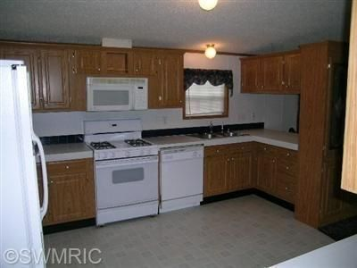12673 Riverside Dr., White Pigeon, MI 49099 Photo 4