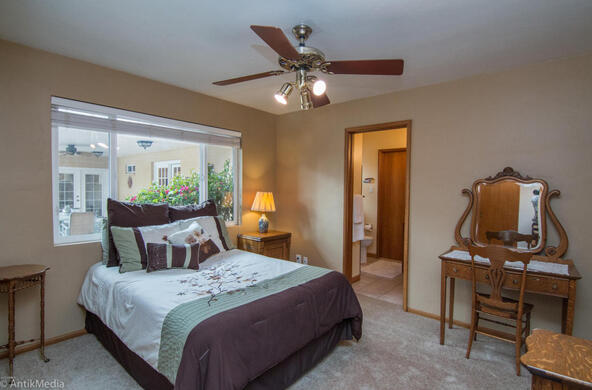 4061 E. Weldon Avenue, Phoenix, AZ 85018 Photo 9