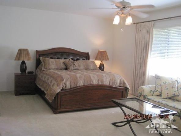 37671 Pineknoll Avenue, Palm Desert, CA 92211 Photo 46