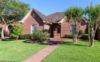 Home for sale: 2 Heritage Oak Ct., Lake Jackson, TX 77566