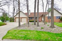 Home for sale: 203 Woodcliff Dr., Warsaw, IN 46582